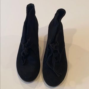 Dolce Vita black suede wedged lace up booties